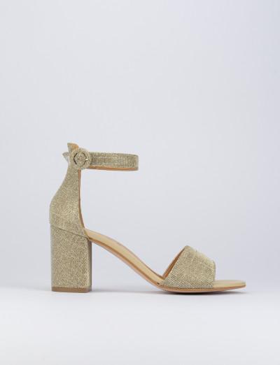 Sandalo tacco 7cm oro tessuto