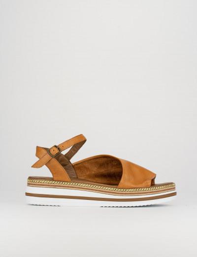 Sandalo zeppa 3 cm marrone pelle