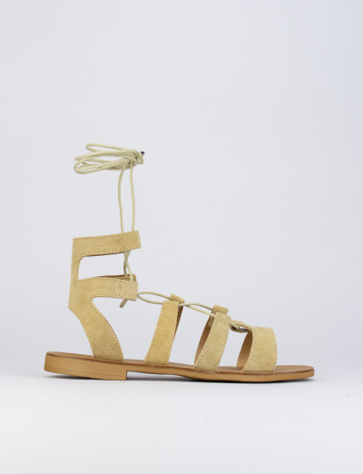 Sandalo tacco 1 cm beige camoscio