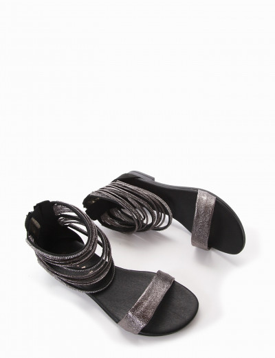 Low heel sandals heel 1 cm black leather