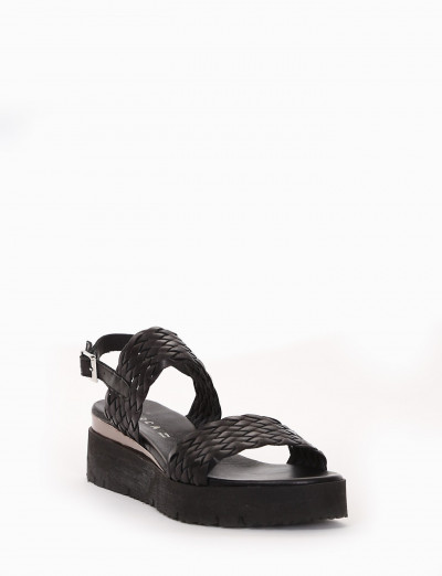 Wedge heels heel 3 cm black leather