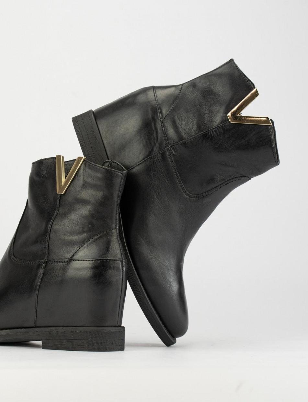Low heel ankle boots heel 2 cm black leather