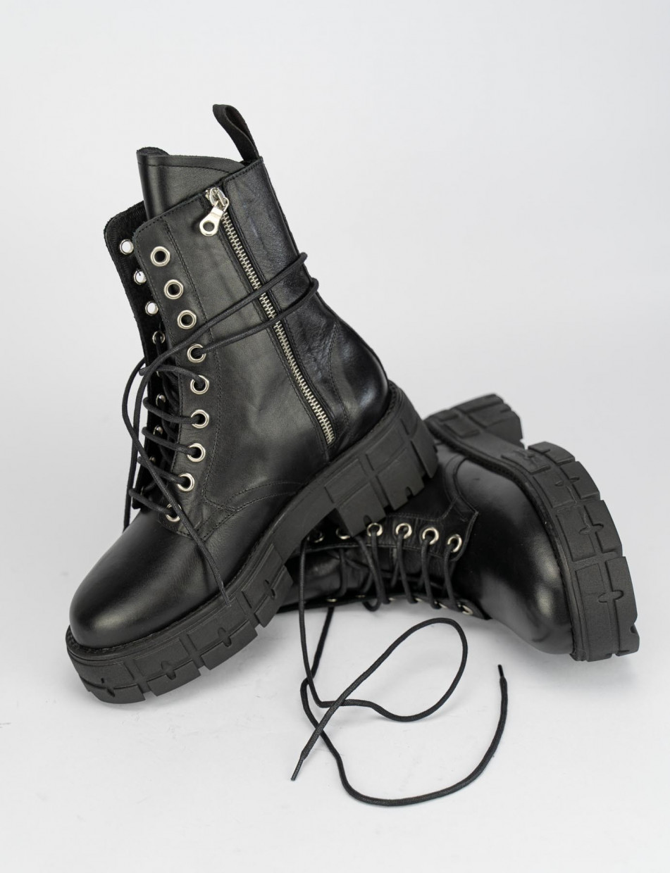 Combat boots heel 5 cm black leather
