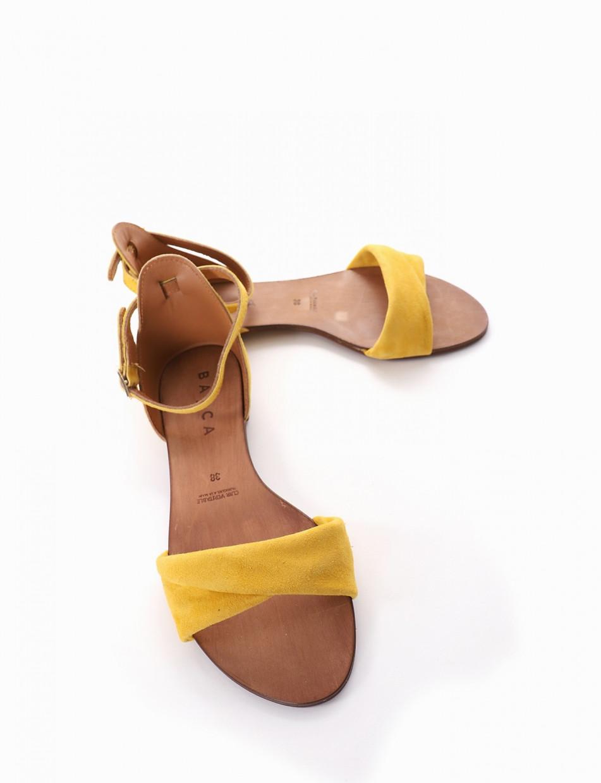 Low heel sandals heel 1 cm yellow chamois