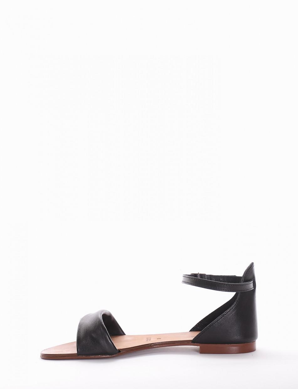 Sandalo tacco 1cm nero