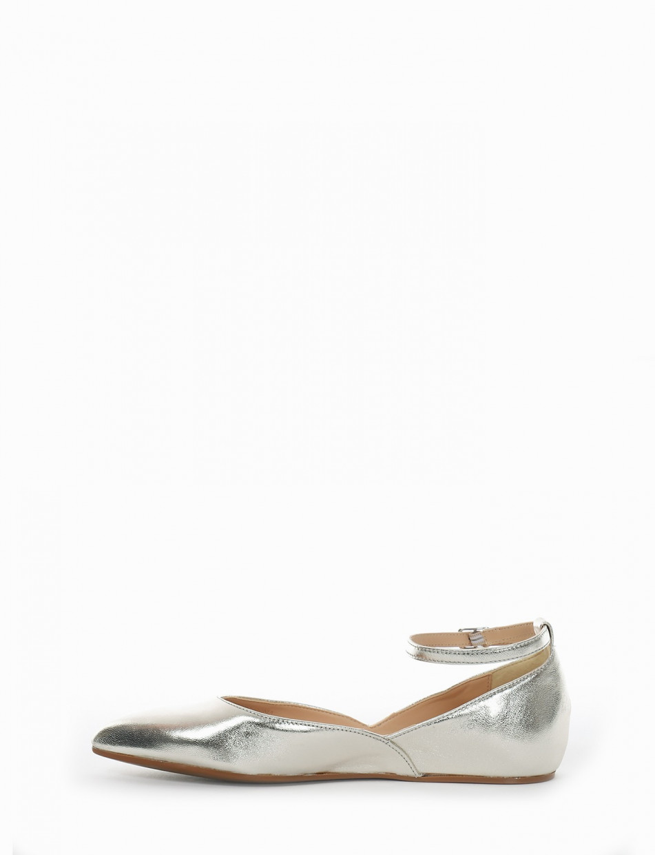 Flat shoes heel 1cm gold leather