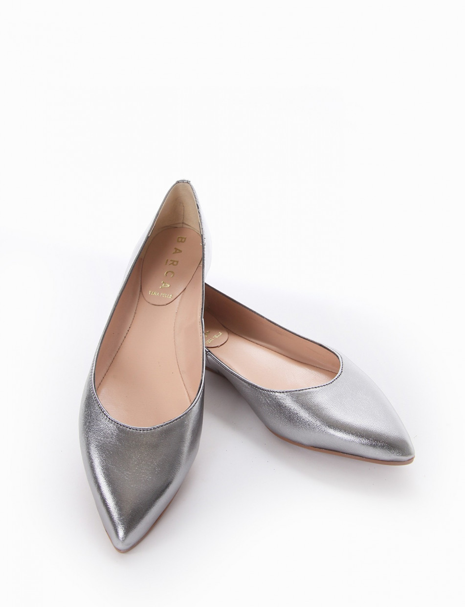 Flat shoes silver leather