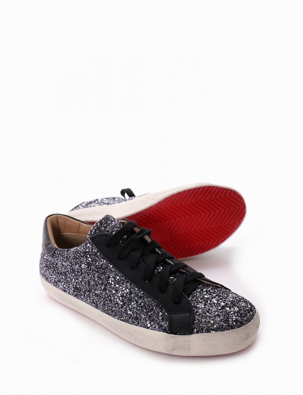 Sneakers black glitter