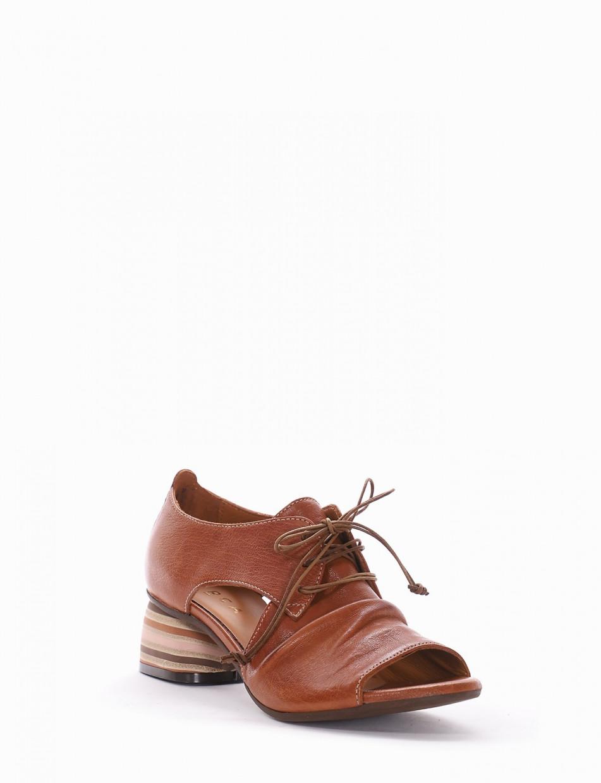 Sandalo tacco 5cm cuoio