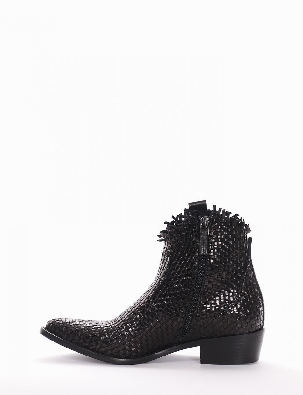 Low heel ankle boots heel 3 cm black leather