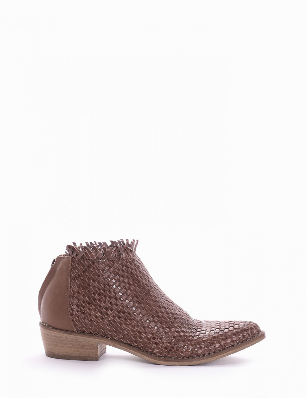 Low heel ankle boots heel 3 cm tortora leather