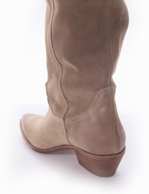 Low heel boots heel 3 cm beige chamois