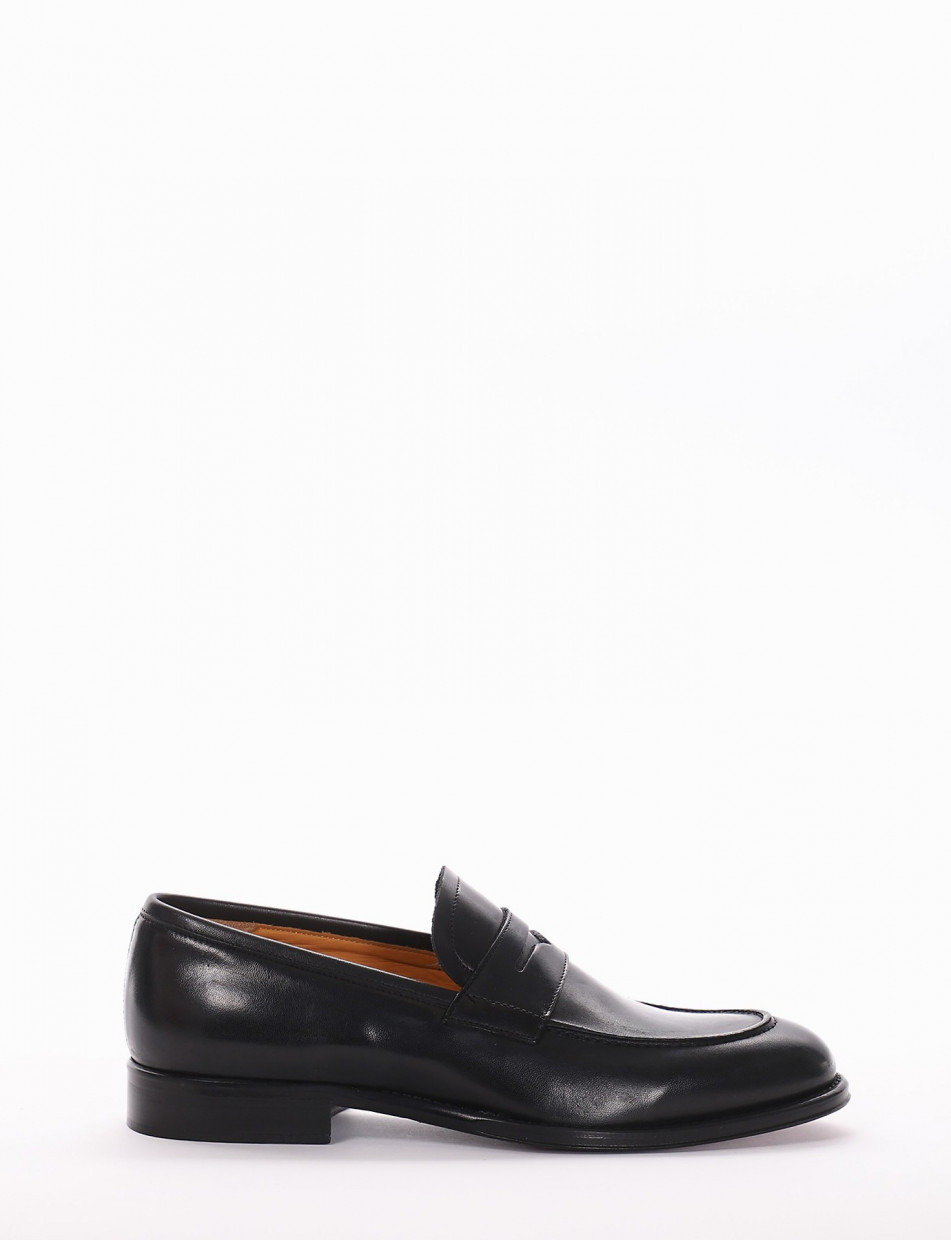 Loafers brown leather