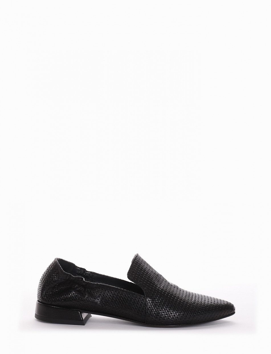 Loafers heel 1 cm black leather