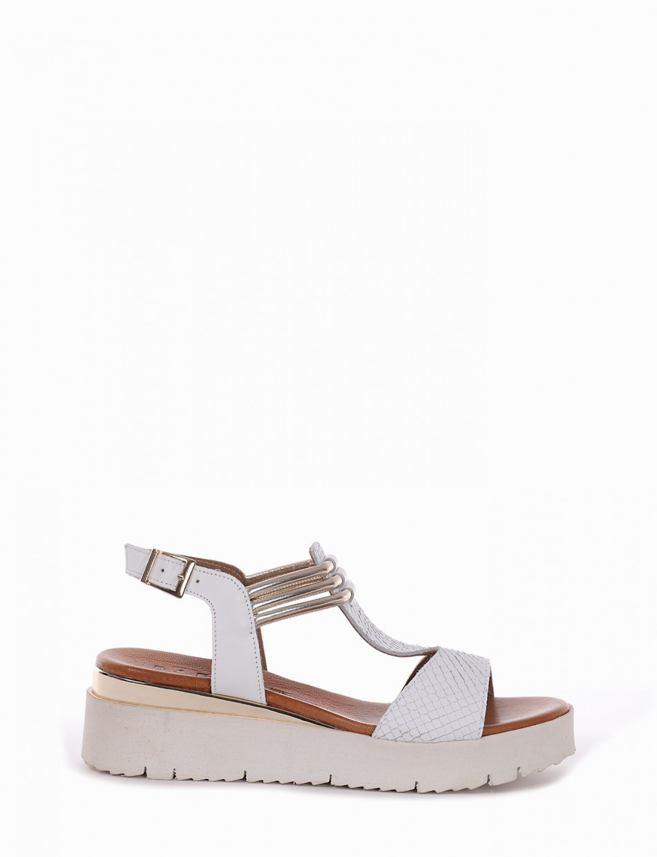 Wedge heels heel 1 cm white leather