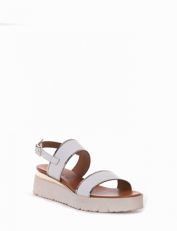 Wedge heels heel 1 cm white leather