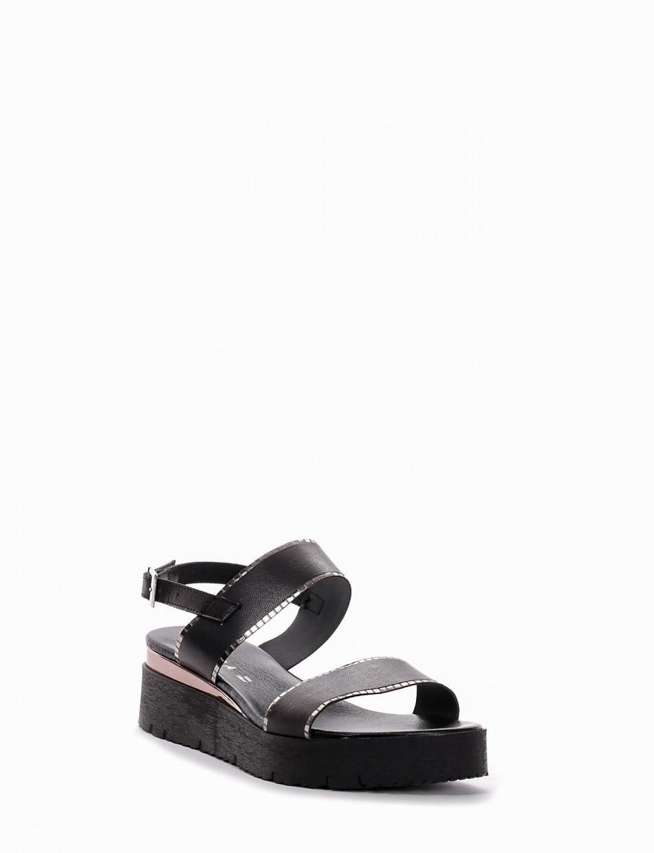 Wedge heels heel 1 cm black leather