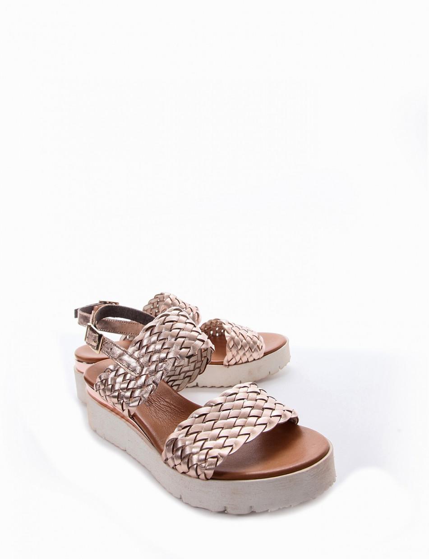 Wedge heels heel 3 cm bronze leather