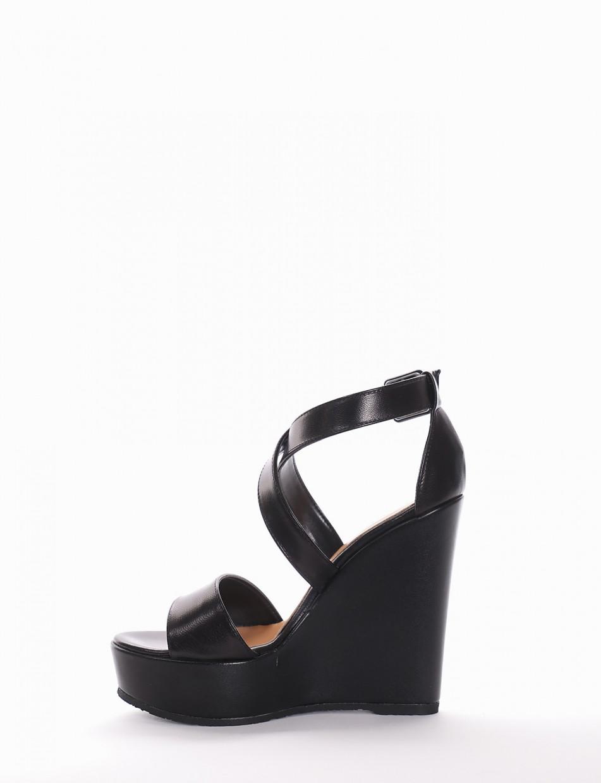 Wedge heels heel 2 cm black glitter