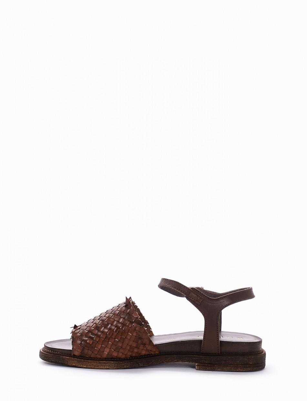 Sandalo tacco 1 cm testa