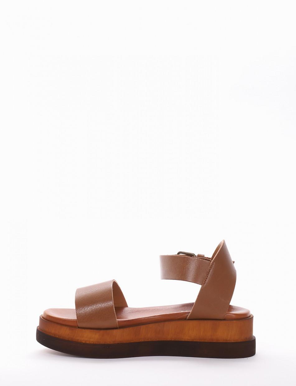 Sandalo tacco 4 cm cuoio