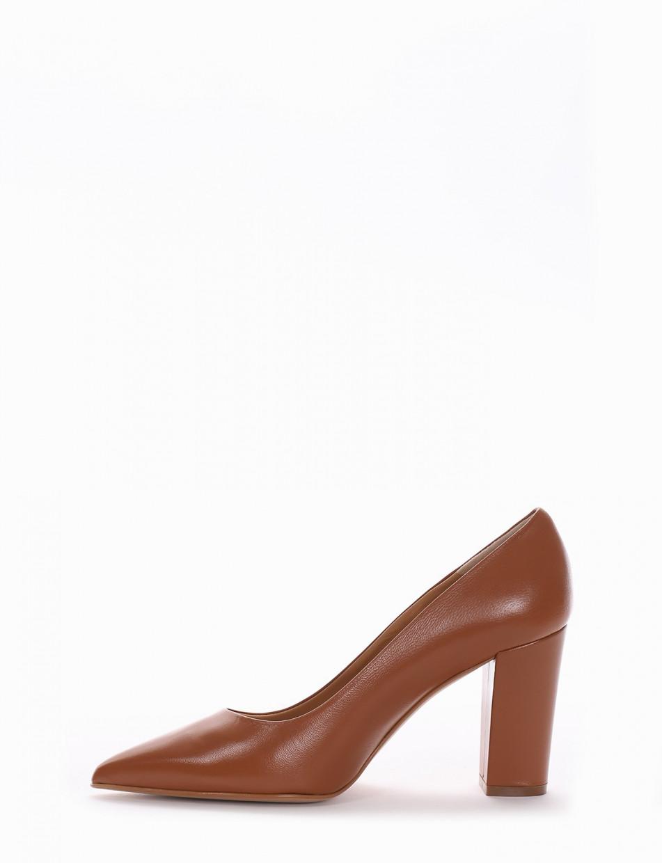 Pumps heel 7 cm brown leather