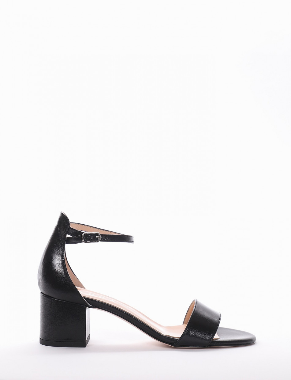 Sandalo tacco 5 cm nero