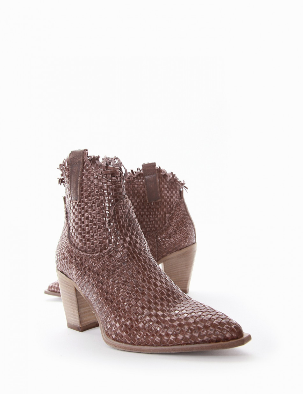 High heel ankle boots heel 7 cm tortora leather