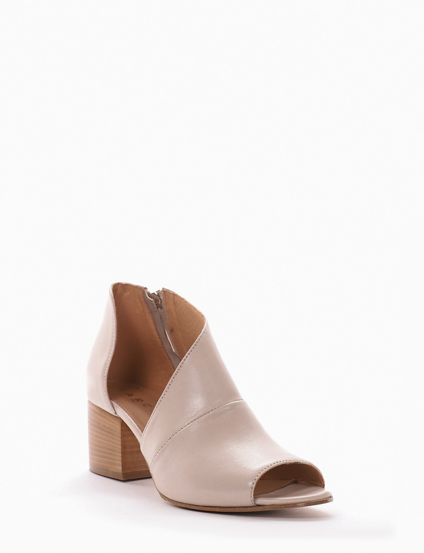 Low heel ankle boots heel 5 cm beige leather