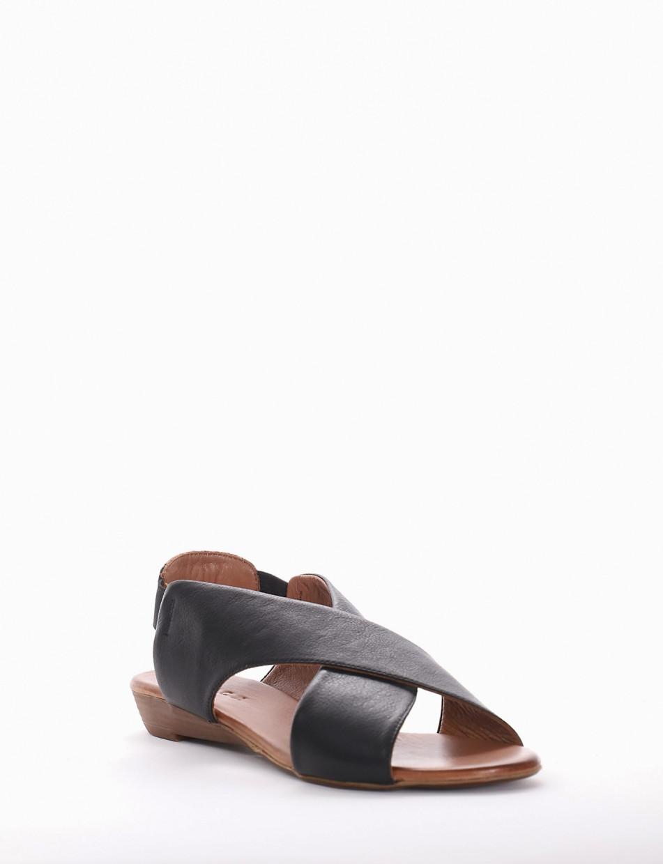 Low heel sandals heel 2 cm black leather
