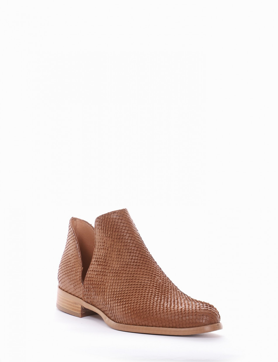 Low heel ankle boots heel 2 cm leather pitone