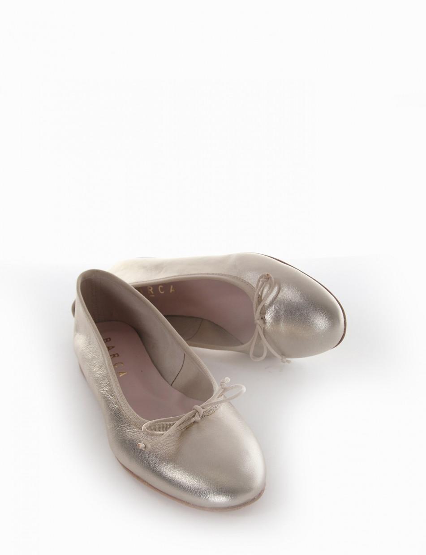 Flat shoes platinum laminated