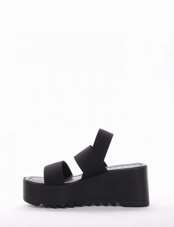 Wedge heels heel 7 cm black tissue