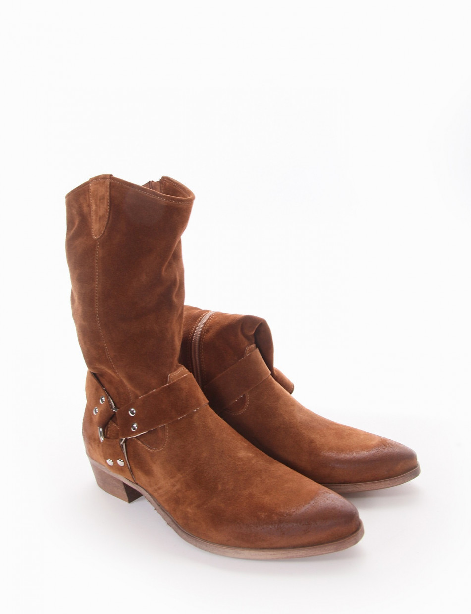 Low heel ankle boots heel 3 cm leather chamois