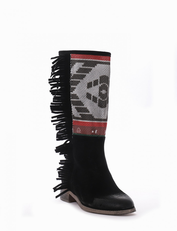 Low heel boots heel 2 cm black chamois
