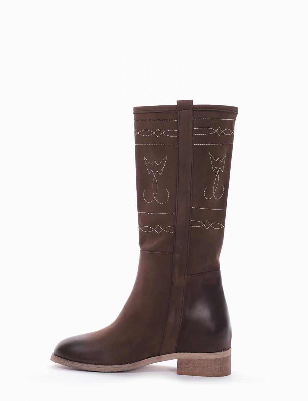 Low heel boots heel 3 cm dark brown