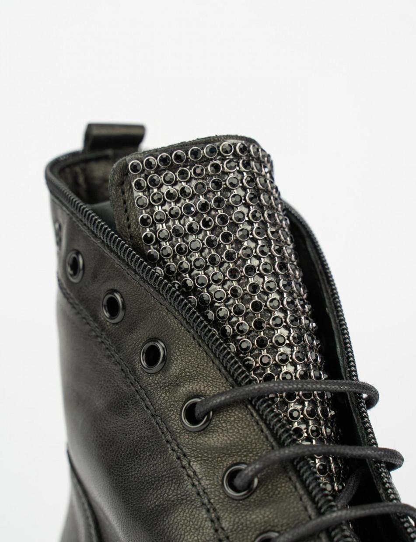 Combat boots heel 3 cm black leather