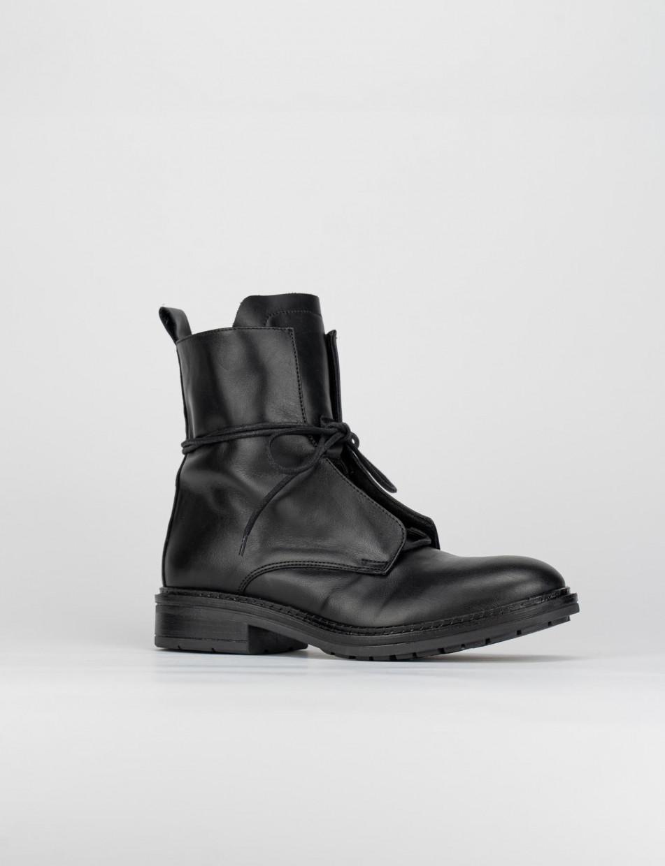 Combat boots heel 2 cm black leather