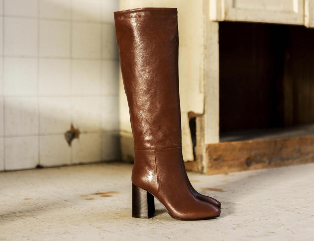 High heel boots heel 9 cm dark brown leather