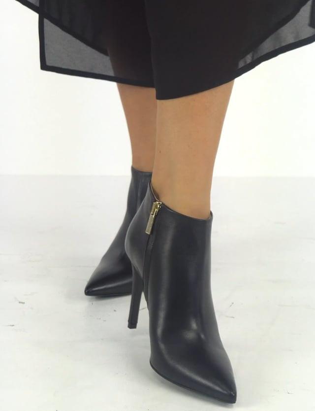 Stivale tronchetto tacco 10 cm nero