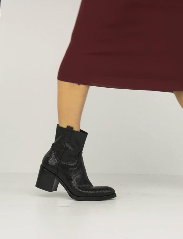 High heel ankle boots heel 5 cm black python