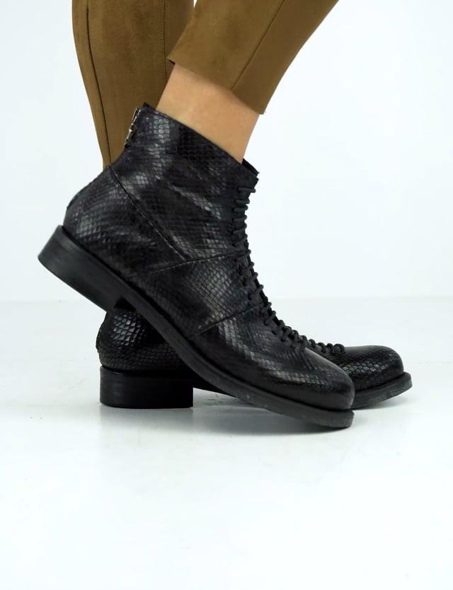 Combat boots heel 2 cm black python