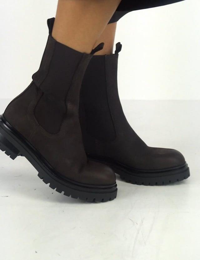 Low heel ankle boots heel 3 cm dark brown