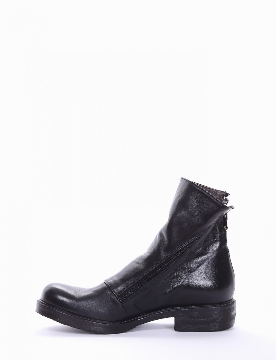 Low heel ankle boots heel 2 cm black leather