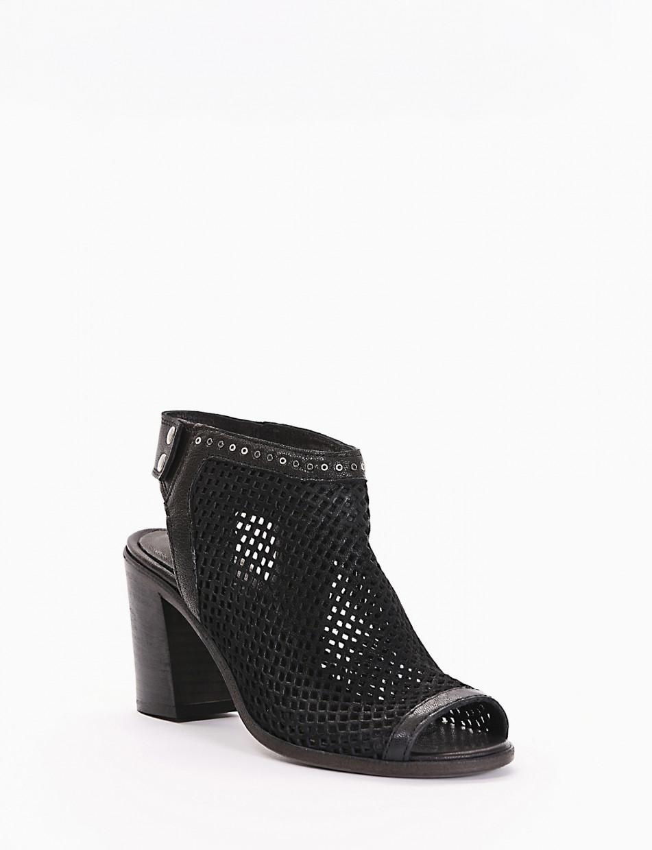 Sandalo chiuso tacco 70 nero