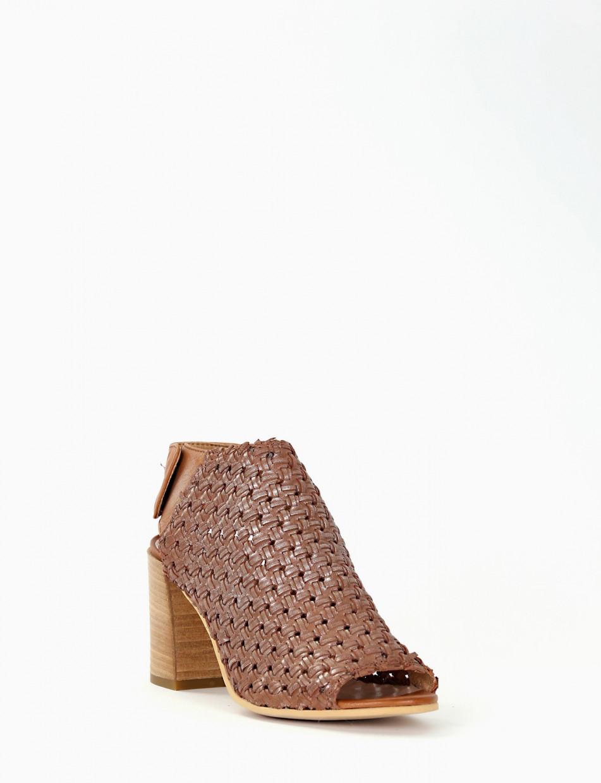 High heel sandals heel 7 cm brown leather