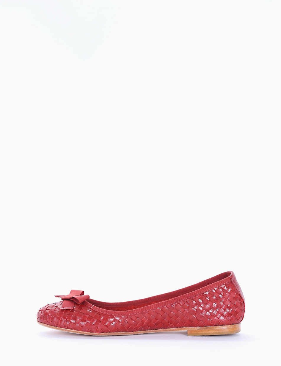 Flat shoes red leather