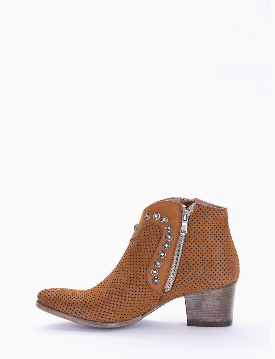 Low heel ankle boots heel 5 cm leather nabuk