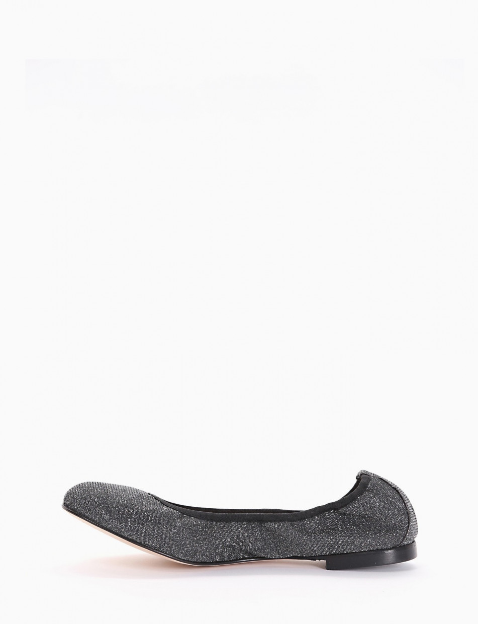 Flat shoes black canvas