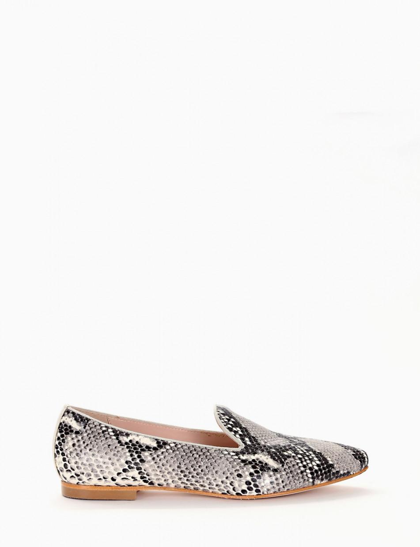 Flat shoes gray pitone